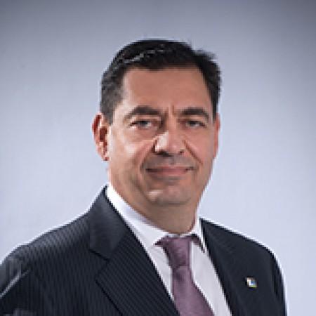Michael Leoutsakos